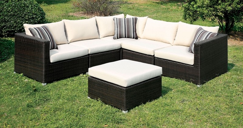 PATIO SECTIONAL WITH IVORY CUSHIONS