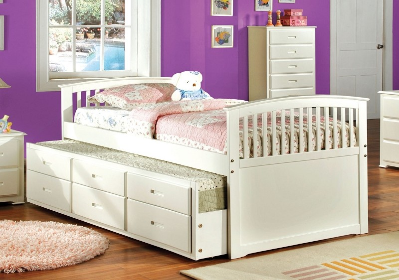 FULL BED W/TWIN TRUNDLE AND 3 DRAWERS