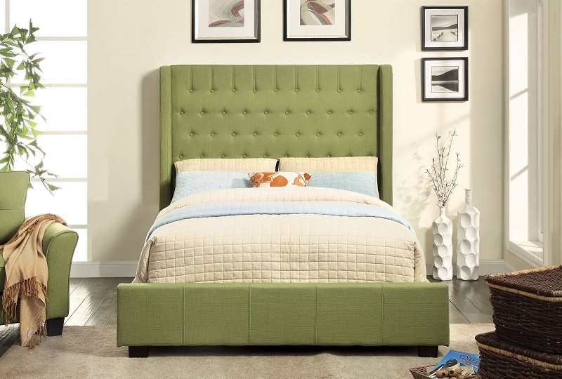 QUEEN BED PADDED