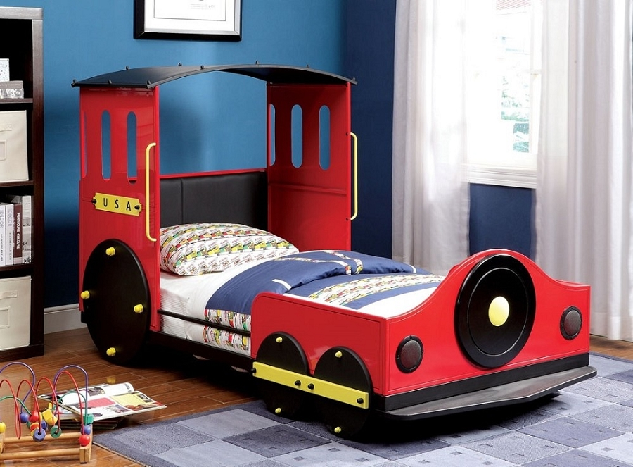 TWIN BED TRAIN DESIGN