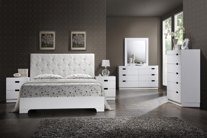 BEDROOM SET QUEEN BED+DRESSER+MIRRROR+1NIGHT STAND